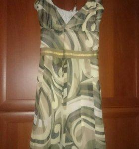 Платье нарядное р.46-48
