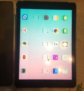 iPad Air 16GB Wi-Fi + cellular(LTE)