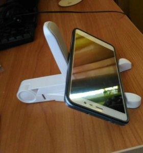 Подставка для телефона или планшета