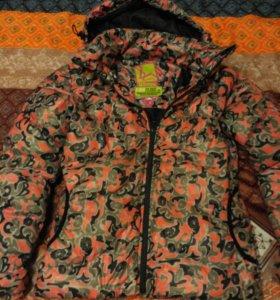 Зимняя куртка р.42.