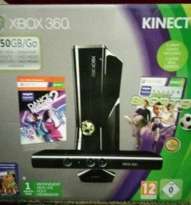 Xbox 360 + kinect + 8 игр, не прошитая.