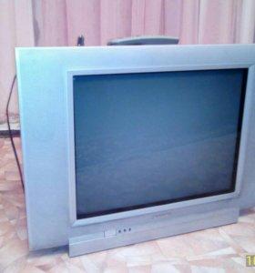 Телевизор Philips в отл состоянии
