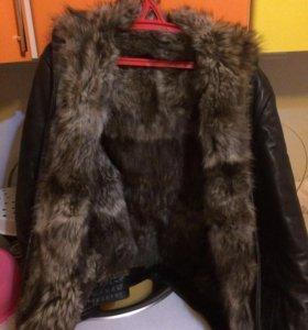 Куртка меховая зимняя с капюшоном