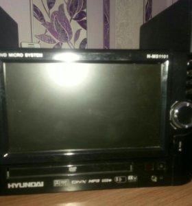 Телевизор с микросистемой DVD