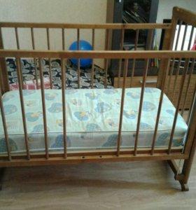 Кровать детская +матрасик б/у