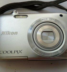 Nikon Coolpix S2800 в очень хорошом состоянии