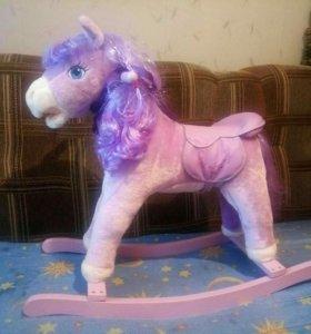 Качалка детская, лошадка.