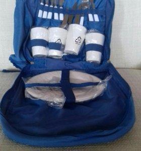Рюкзак с набором для пикника.