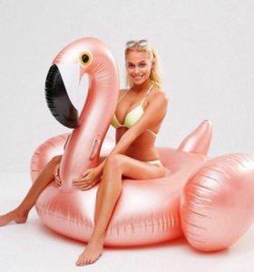 Надувной круг перламутровый фламинго