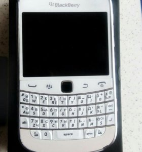 BlackBerru bold 9900