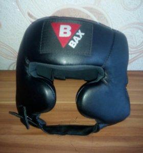 Шлем для контактных единоборств с хорошей защитой