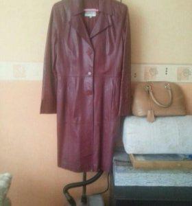 Пальто кожаное 46