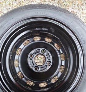 Колесо с шиной Bridgestone 175/65/14