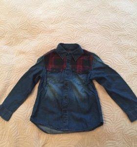 Рубашка джинсовая Zara. Новая. 110 см. 4-5 лет.
