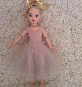 Большая кукла Балерина