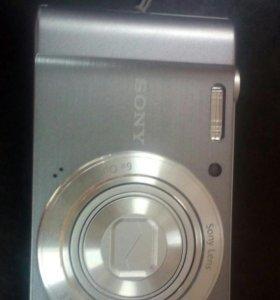 Sony. W810