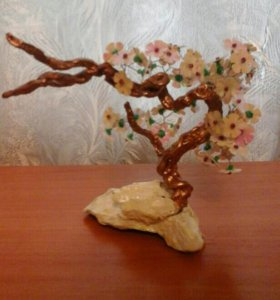 Деревце из пайеток