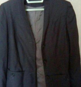 Пиджак школьный ( ОТДАМ)