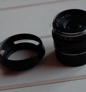 Объектив Carl Zeiss 35mm f/2.8 Biogon T* ZM