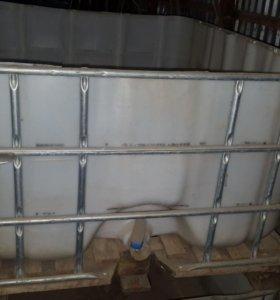 Ёмкость для воды и т.д на 500 литров количество 2