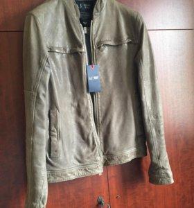 Новая кожаная куртка Armani Jeans (50)