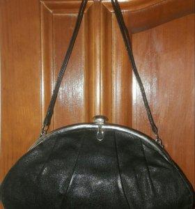 Изумительная кожаная сумка.Винтаж! 50е годы