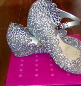 Обувь по 100₽