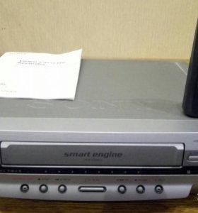 """Видиомагнитафон стерео """"Sony""""."""
