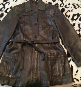 Кожаная куртка женская удлиненная 48-50