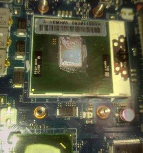 Процесор i3  и материнская плата на ноутбук тошиба
