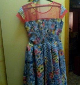 Платье с поясом.Размер46