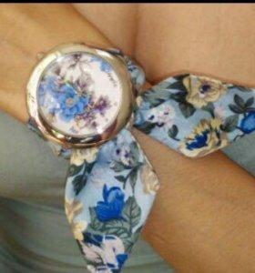 Новые кварцевые часы(2 расцветки)