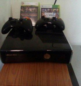 Xbox 360 , 250 g прошит два джойстика