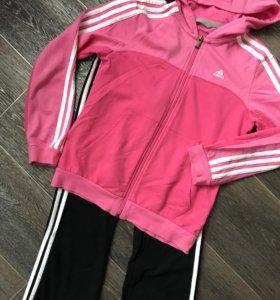 Фирменный костюм Adidas