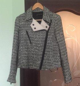 Стильная твидовая куртка-жакет