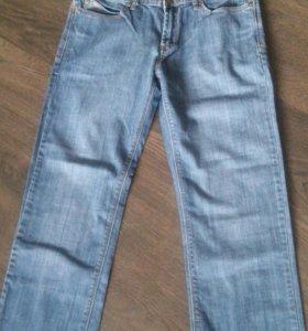 Универсальные джинсы