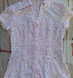 Блузка нежно-розовая