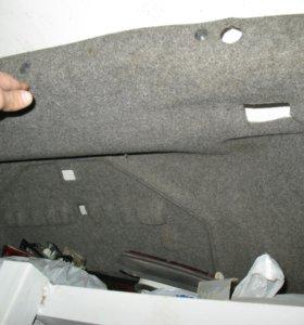 Обшивки багажника БМВ Е34