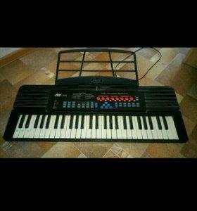 Детский синтезатор