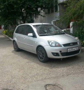 Форд фиеста 2008г.