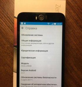 ZenFone Selfie (ZD551KL)