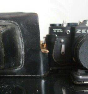 """Фотоаппарат """"Зенит"""" TTL , объектив Гелиос 44-м"""