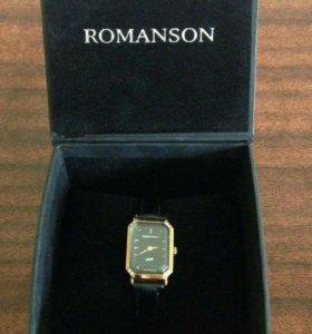 Продаю женские часы новые