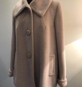 Пальто женское из итальянской шерсти