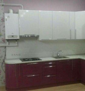 Кухня цвет белое с вишней
