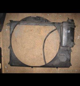Диффузор радиатора BMW m60-62