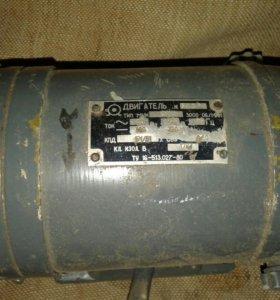 Электродвигатель 2 шт