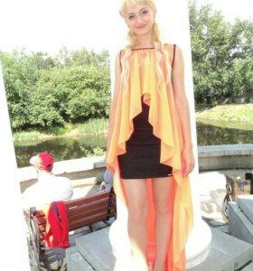 Продам платье караловое очень красивое
