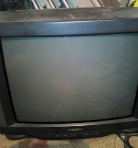 Телевизор самсунг,серальная машинка занусси