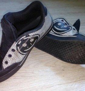 Кеды кроссовки 39 р